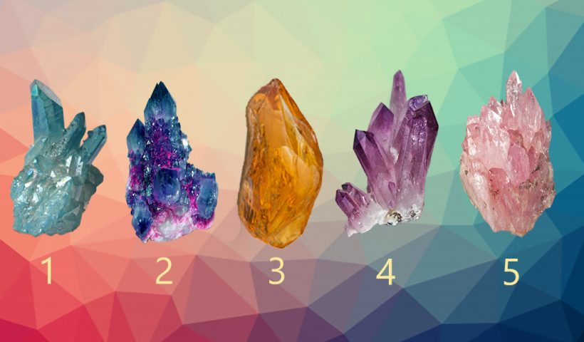 Choose a Crystal and Discover a Very Important Spiritual Advice For This Period